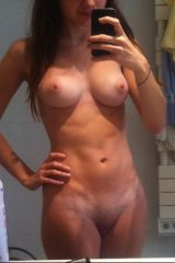 Naked selfie - great body