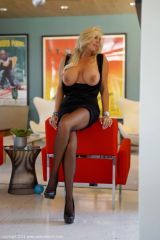Wifey in a black Pantyhose