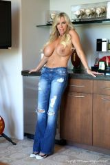 Boobs and Jeans