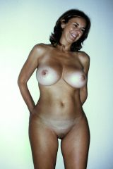 Milf with great tanlines. Id love to fuck a woman...