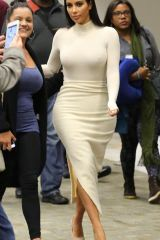 Kim Kardashian feeling nipply (X-post /r/KimKardas...