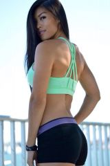 Anne Phung works out