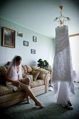 Bride putting on her pantyhose (xpost r/realbrides...