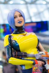 Maya from Borderlands, cosplayed by Ariane Saint A...