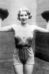 Elsie Connor, boxing champion at Broadway, New Yor...