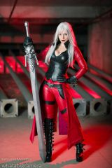 Dante cosplay by Katyuska MoonFox (DMC)