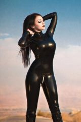 Dani Divine, skin tight catsuit