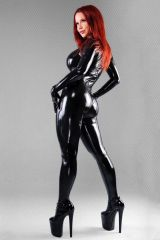 Bianca Beauchamp in black