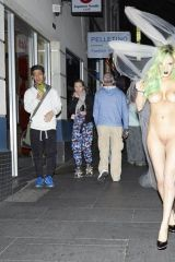 Gabi Grecko walking the streets of Melbourne
