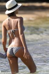i could watch this all day - Jessica Alba