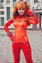 Asuka (Test Suit) cosplay by Tis Cosplay