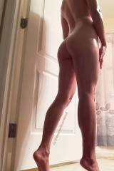 Showing you guys my 5 [f]eet tall frame for hump d...