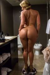 Phoenix Maries amazing ass