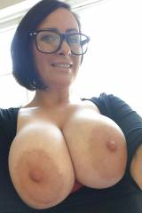 Glasses and areolas