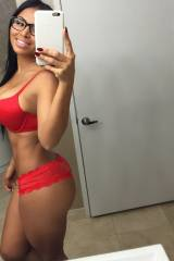 Red lingerie sure looks good on her, selfie