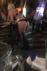 Amazing Waitress