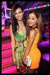 You run into Victoria Justice and Ariana Grande at...