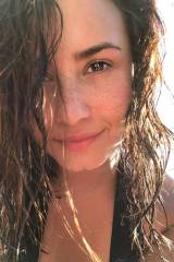 Demi Lovato and her perfect freckles