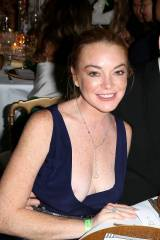 Lindsay Lohan Nipslip at birthday party 8 Aug 2016