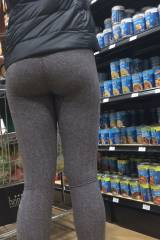random sexiness in the soup aisle