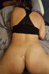 I love [f]eeling cum all over my ass