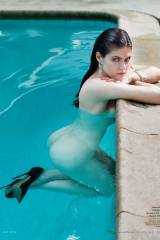 Alexandra Daddario almost naked