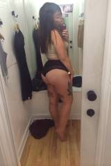 chubby tattooed tumblr Young girl with a very hot ...