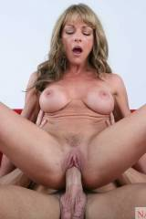 Shayla LaVeaux & Mikey Butders: Seduced by a Couga...