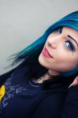 Cutie with blue hair under her hoodie