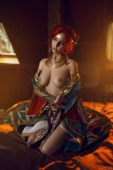 Cosplay: Triss from The Witcher 3
